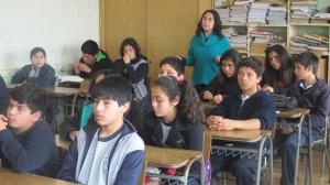 Carla García de Cedesus, es la coordinadora del proyecto en los colegios de Pichilemu
